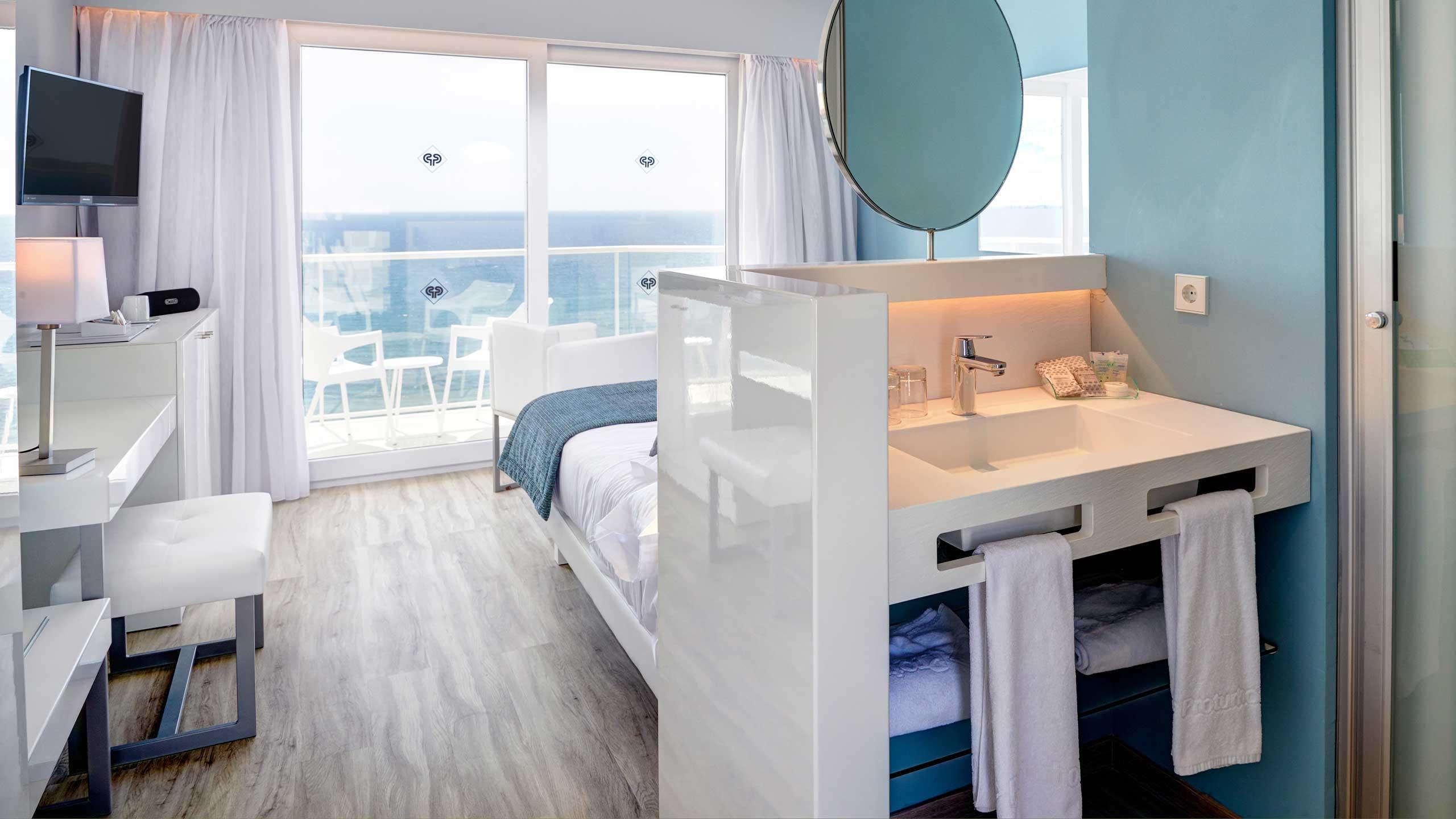 Hotel Protur Alicia Duplex Room