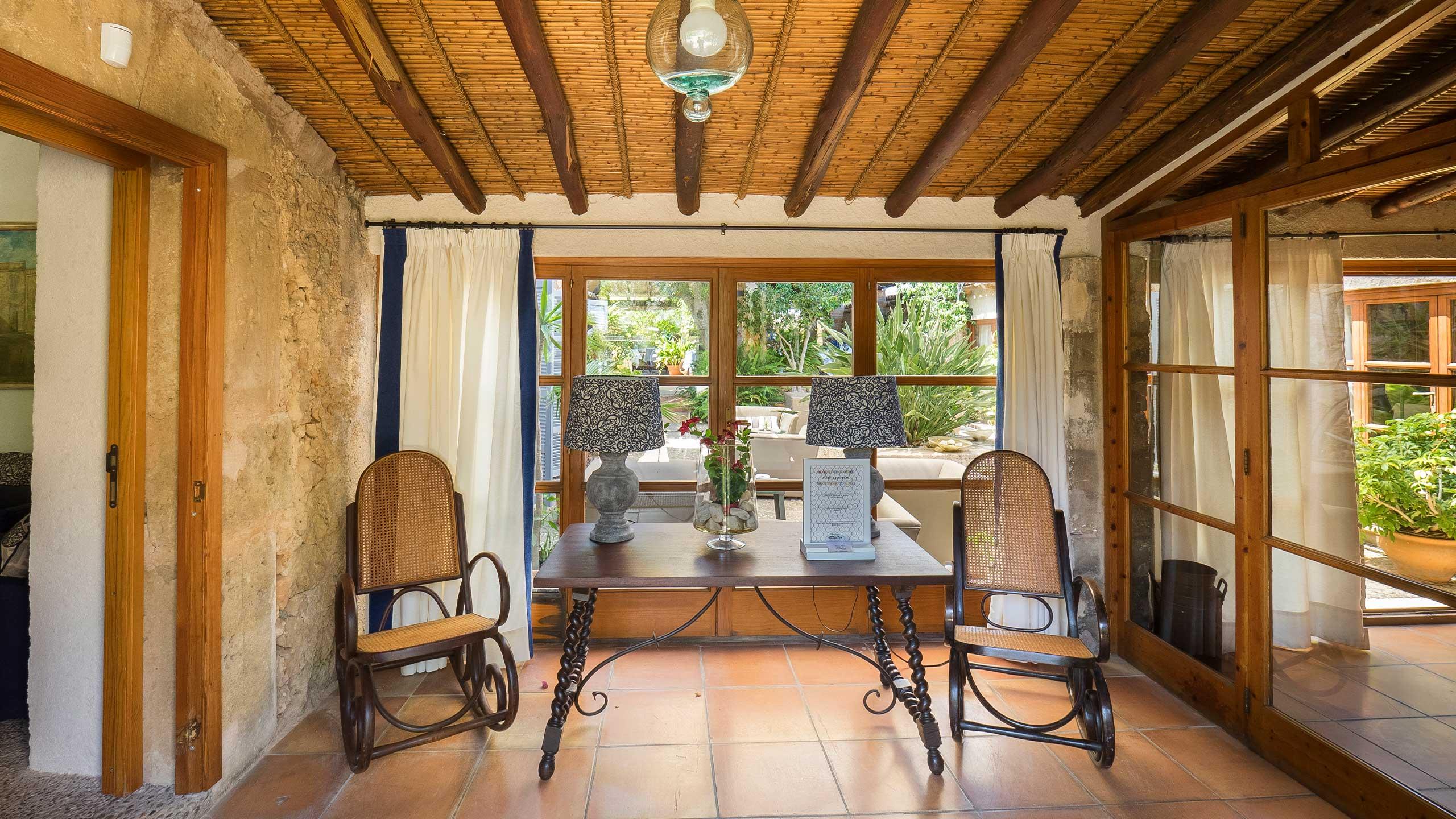 Residencia Restaurant Son Floriana En Cala Bona Mallorca Protur