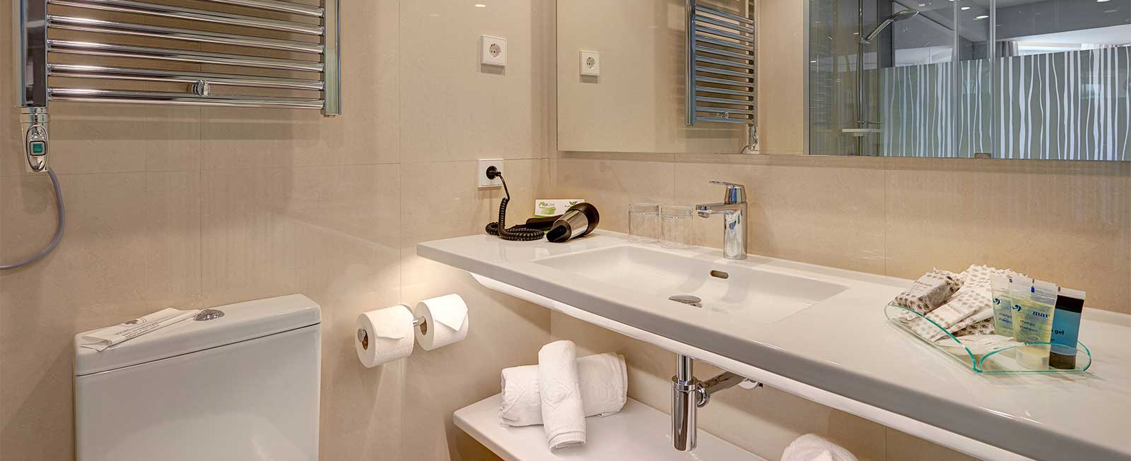 Bathroom Doble Superior protur bonamar hotel cala millor