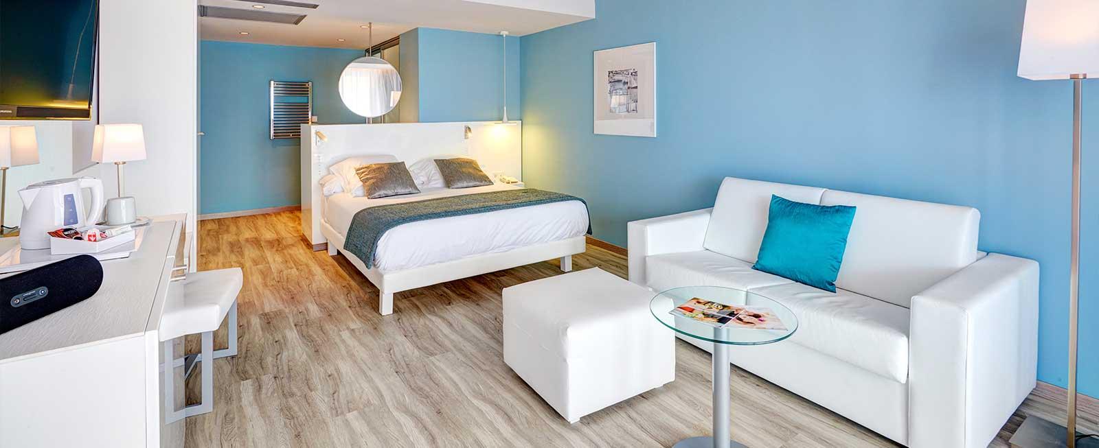 Rooms At Protur Alicia Hotel Cala Bona