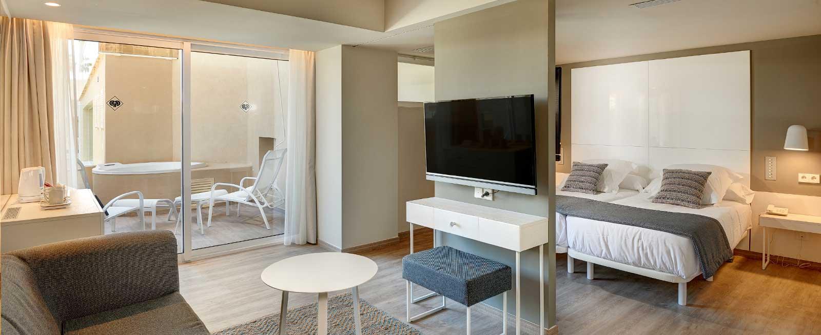 junior-suite-superior-protur-bonamar-hotel-cala-millor
