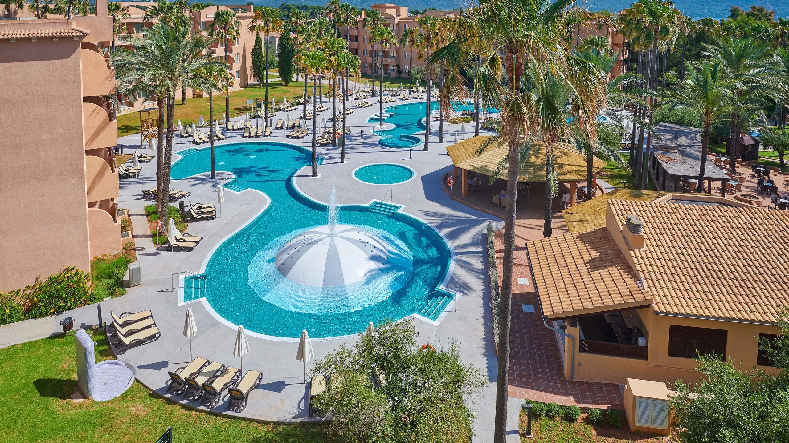 Protur bonaire aparthotel family resort cala bona for Hotel de diseno mallorca
