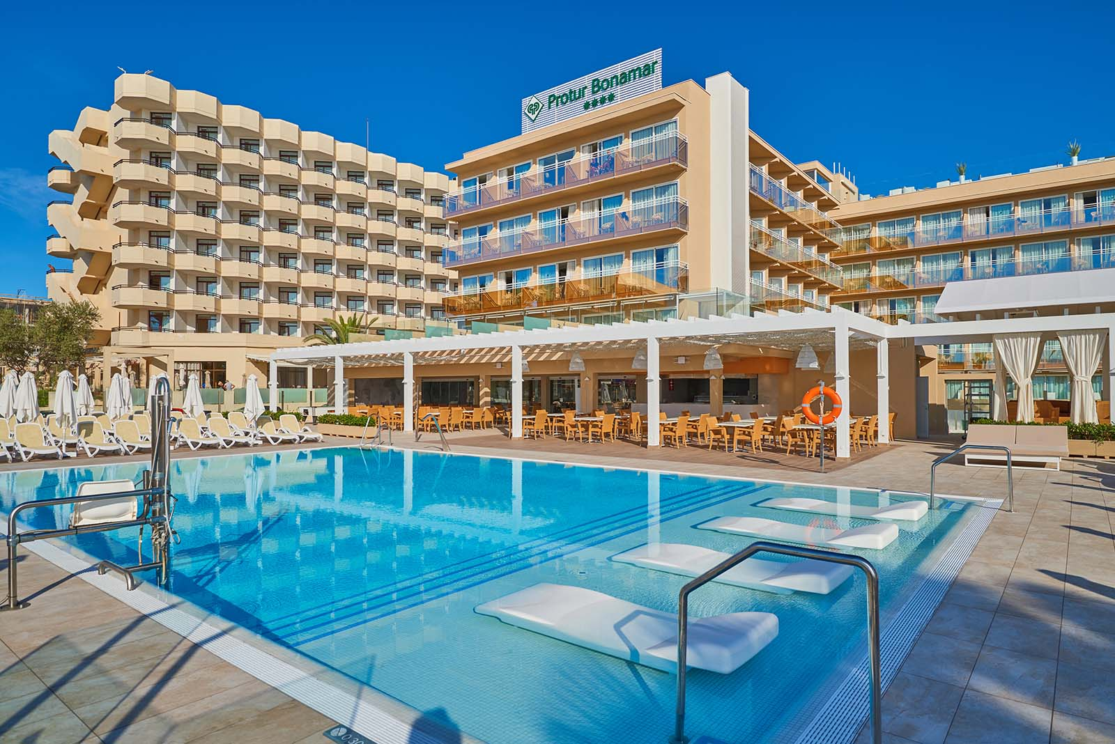 Hotels Und Aparthotels In Cala Millor Mallorca Protur Hotels