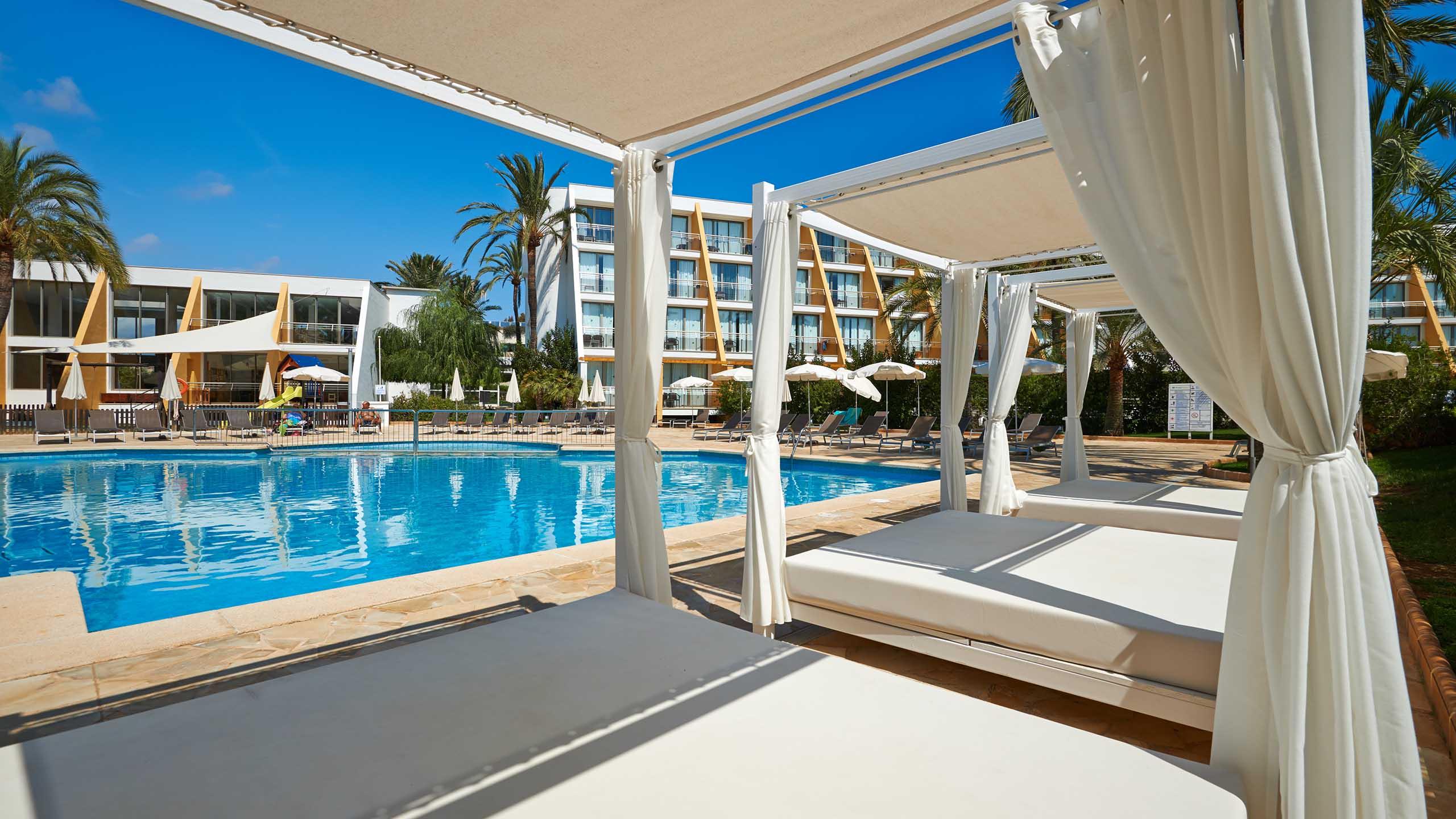 Protur Sa Coma Playa Hotel  U0026 Spa  In Sa Coma  Majorca