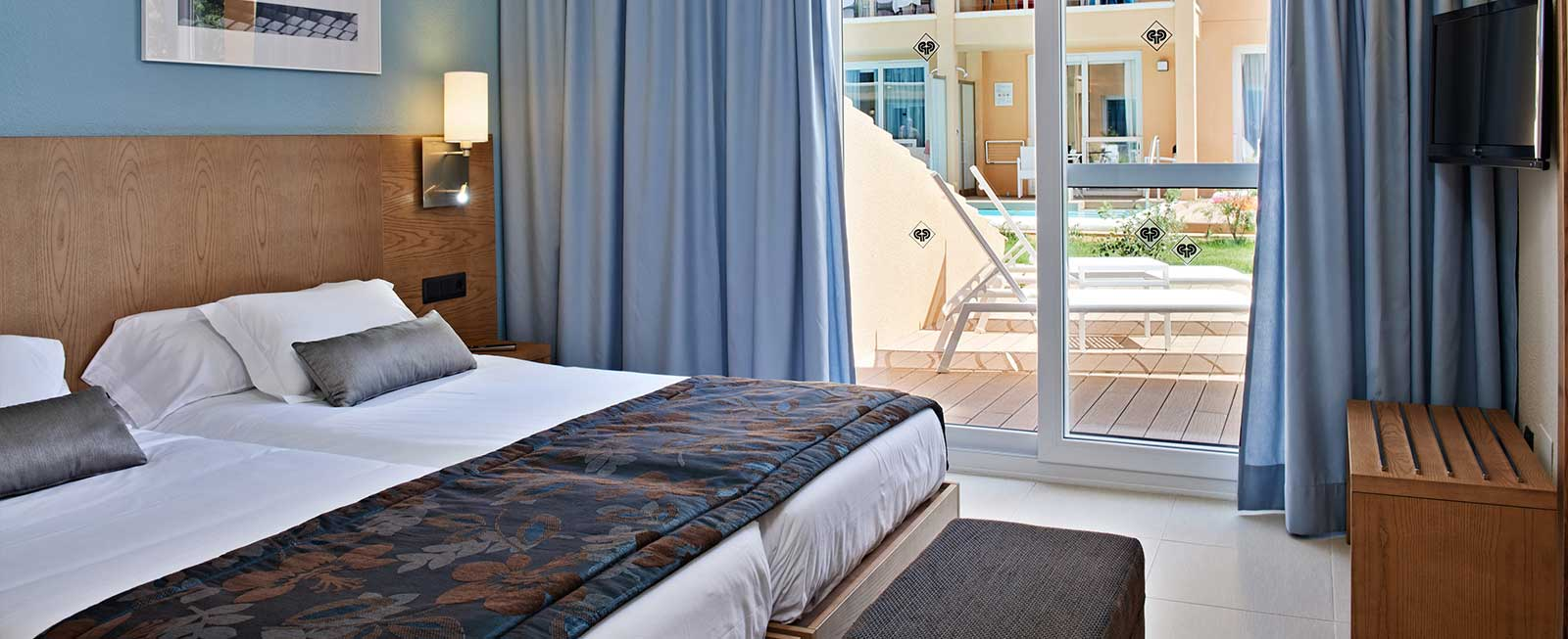 Swim Up Suite Monte Safari Holiday Villaje Majorca